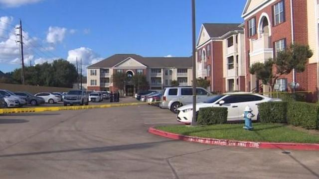 houston-area-apartment-complex-where-childs-skeletal-remains-found-102421.jpg