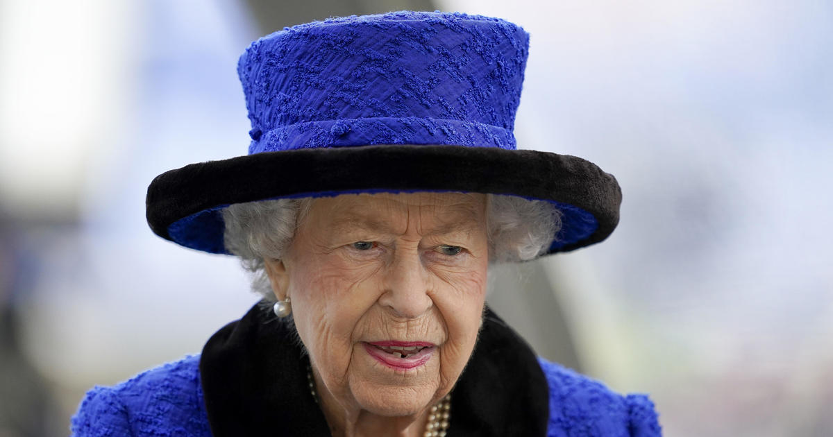 Queen Elizabeth pulls out of COP26 climate summit following medical advice to rest